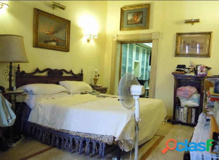 Centro storico - appartamento 4 locali € 1.200.000