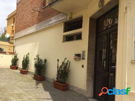Appartamento roma san camillo 90 mq.