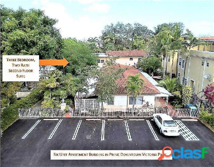 Vendesi stabile dotato di 6 appartamenti a reddito