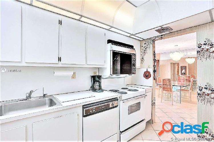 Vendesi appartamento 107 mq 10° p. miami