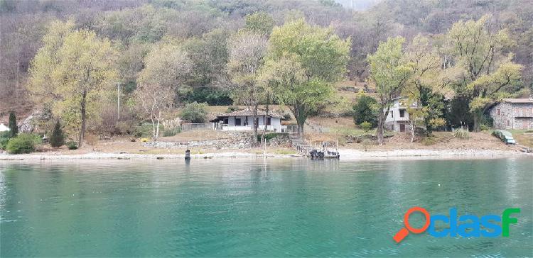 Lago di mezzola - dascio - villa a lago