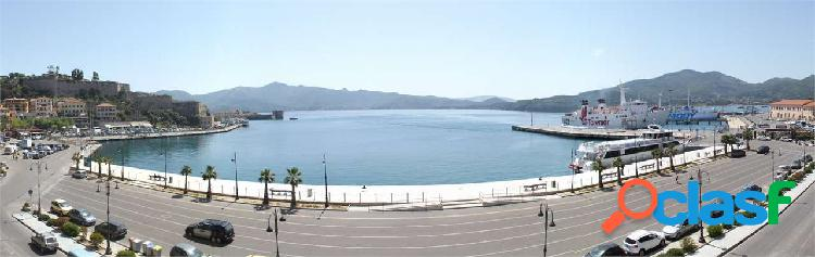 Grande appartamento vista mare a portoferraio