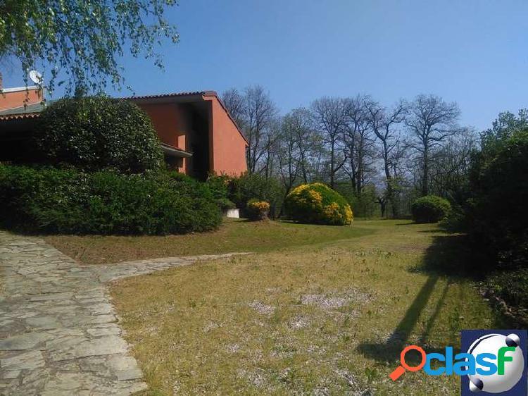 Rif. 7018 - bosisio parini/villa singola