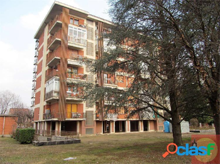 Appartamento in vendita con soffitta e box auto