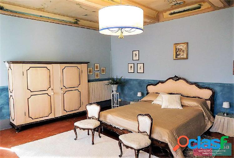 Camera in affitto in villa padronale