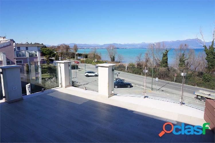 Appartamento prestigio totale vista lago!!!!