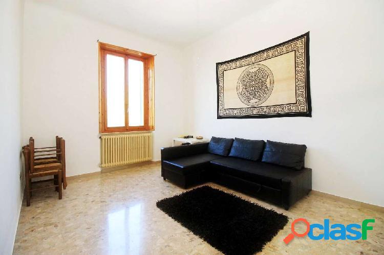 Ancona - appartamento zona archi