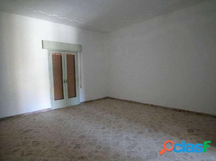 Ufficio 180mq 1° piano con garage