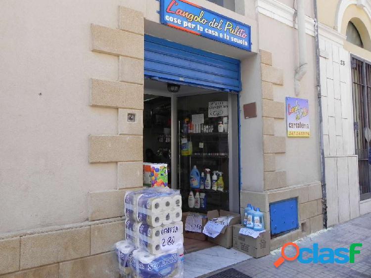 Vende locale commerciale centro storico