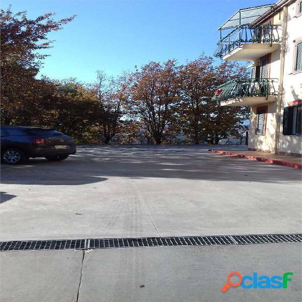 ABIGEST - Appartamento con posto auto L.594