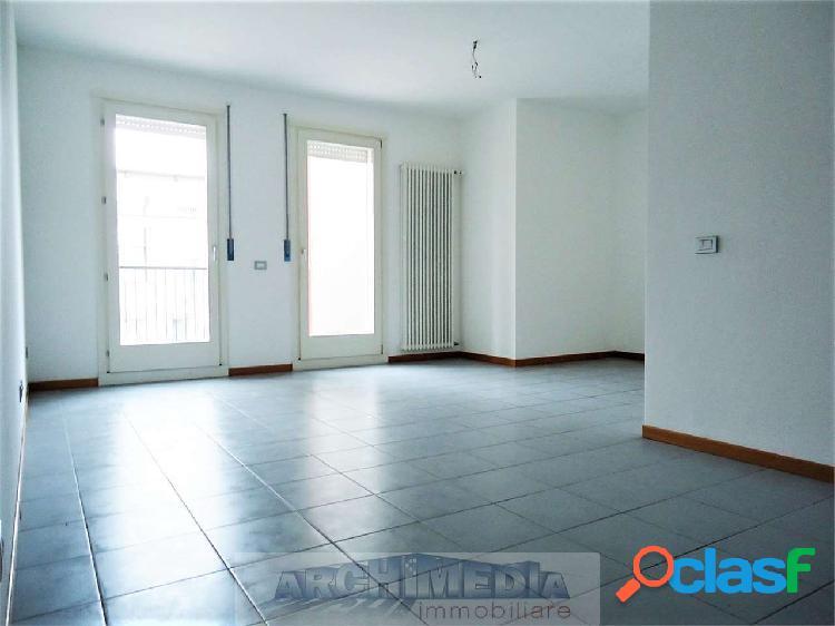 Appartamento tricamere_facciolati - rif: a111