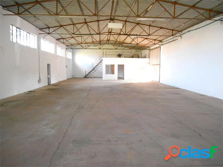 Zone capannone uso artigianale/magazzino