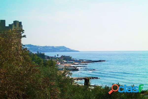 Sanremo - appartamento in villa vista mare