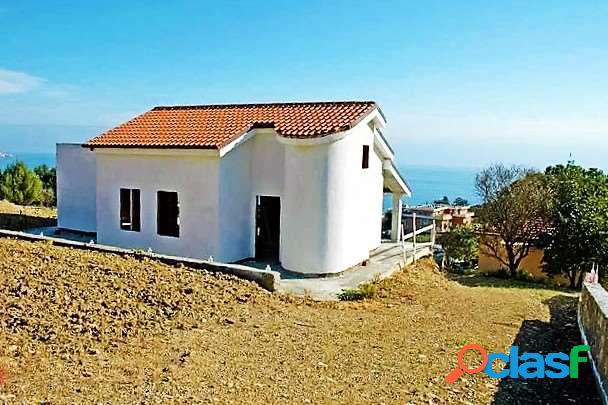 Bellissima villa in costruzione. vista mare.