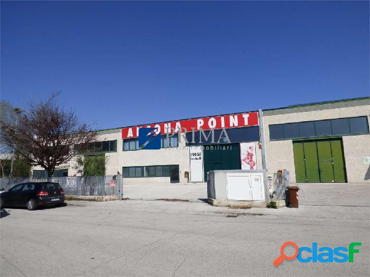 Rif.234SQ - Chiaravalle - UFFICIO COMMERCIALE