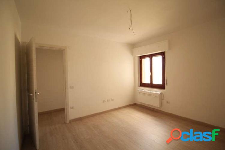 Quartu appartamento trivano uso ufficio