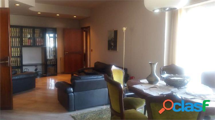 Appartamento in centro con veranda di 190 mq