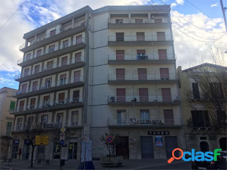 Appartamento a corato zona c.so garibaldi mq.160