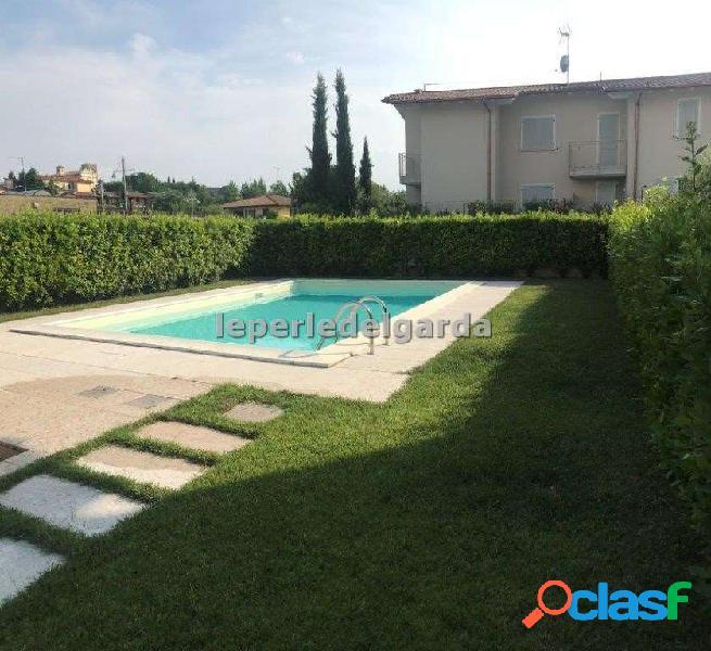 Nuovo trilocale in residence con piscina
