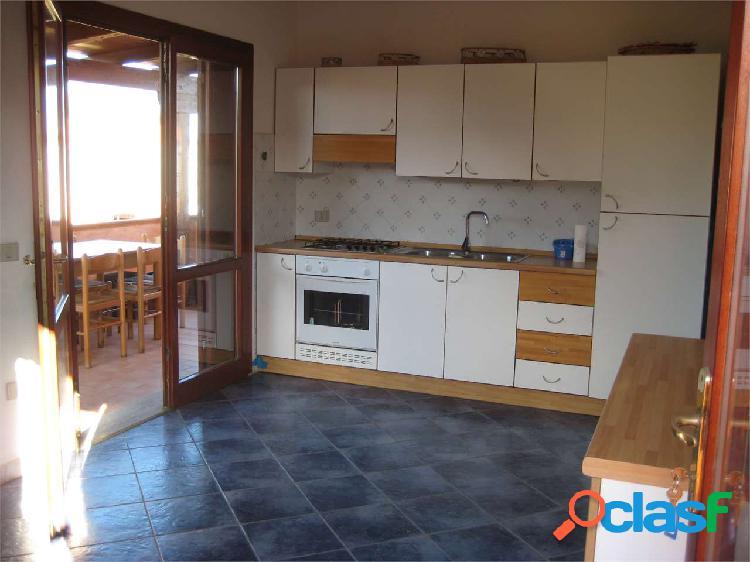 Appartamento in residence a monte petrosu