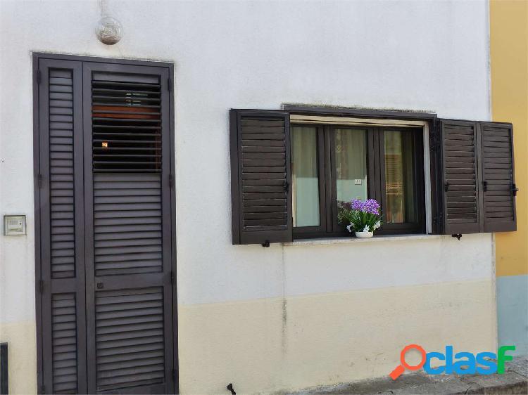 Neviano - casa indipendente 90 mq