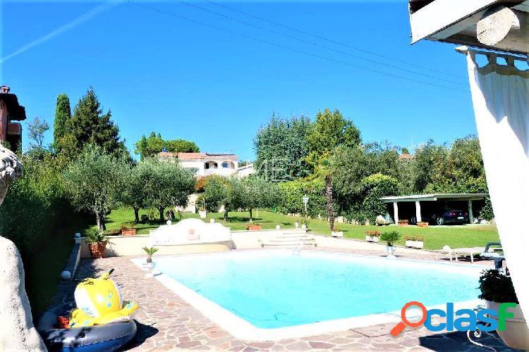 Stupenda villa di lusso con piscina, Padenghe