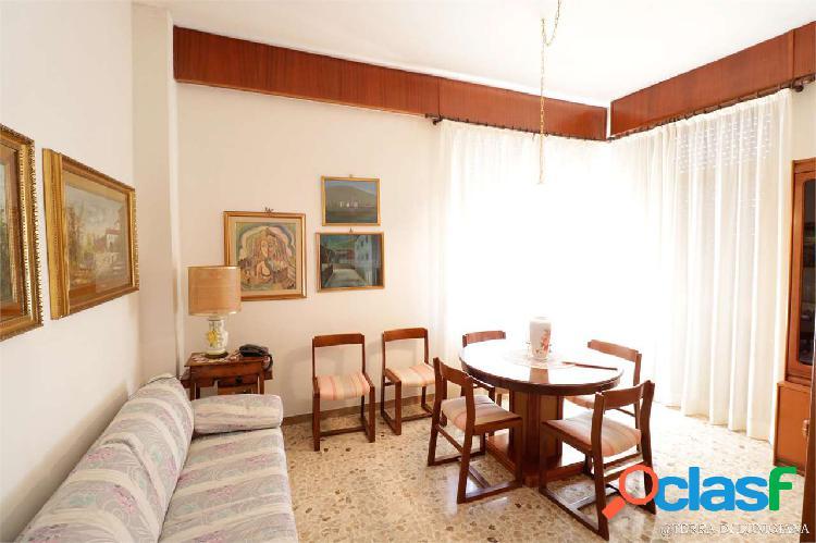 La vittoria - grande appartamento con terrazza