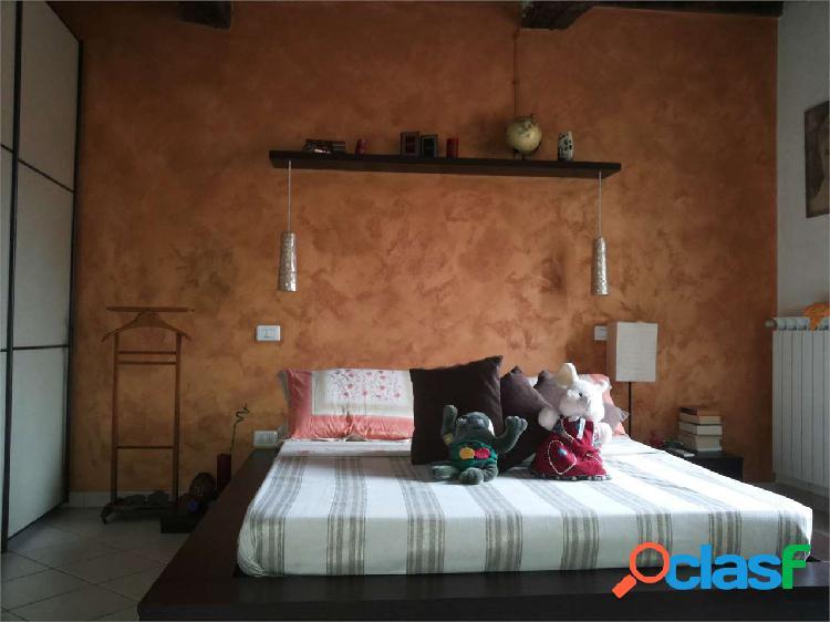 Appartamento in vendita a camaiore centro