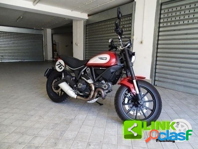 Ducati Scrambler 800 benzina in vendita a Aiello del Sabato (Avellino)