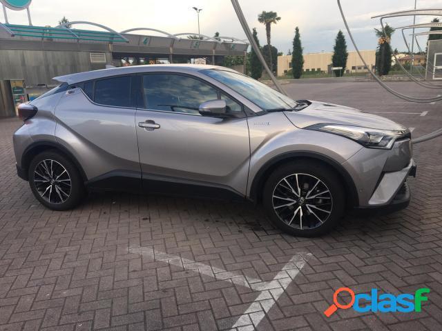 TOYOTA C-HR benzina in vendita a Seregno (Monza-Brianza)