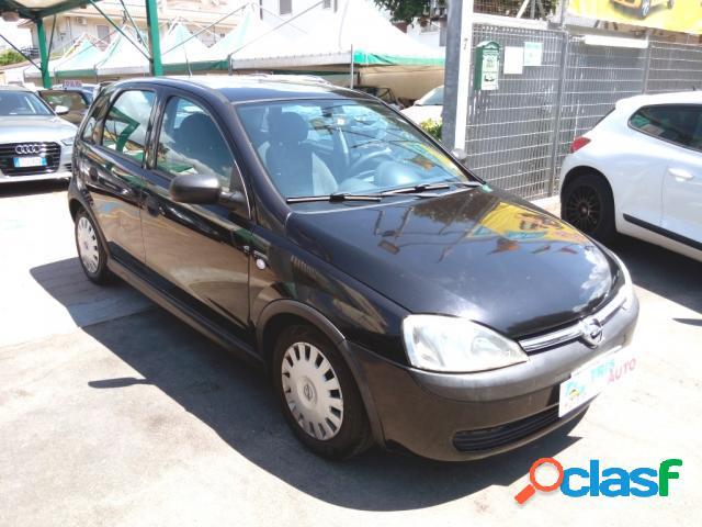 Opel corsa benzina in vendita a taranto (taranto)