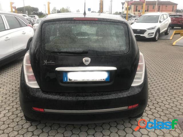 Lancia ypsilon diesel in vendita a capannori (lucca)