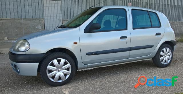 Renault clio benzina in vendita a potenza (potenza)
