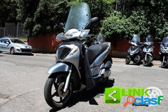 Honda sh 150 benzina in vendita a roma (roma)