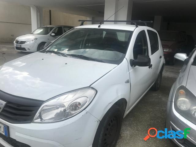 Dacia sandero benzina in vendita a san giuseppe vesuviano (napoli)