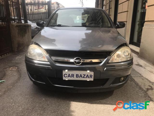 Opel corsa benzina in vendita a genova (genova)