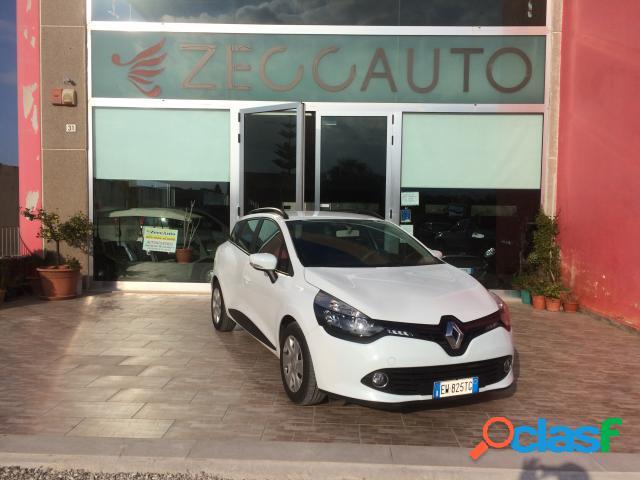 Renault clio sporter diesel in vendita a caprarica di lecce (lecce)