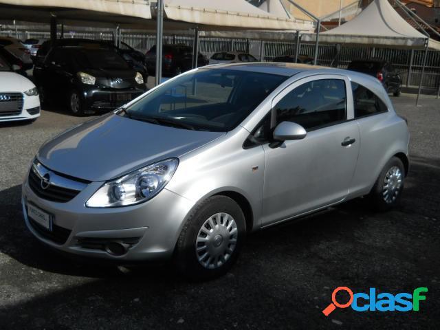 Opel corsa benzina in vendita a recale (caserta)