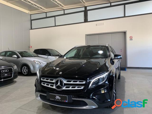 Mercedes classe gla diesel in vendita a napoli (napoli)