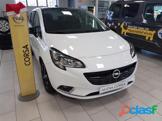Opel corsa benzina in vendita a l'aquila (l'aquila)