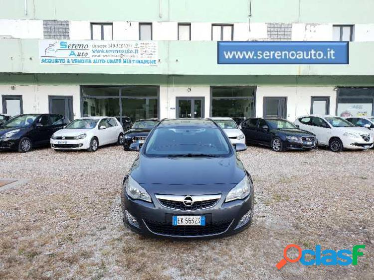 Opel astra station wagon diesel in vendita a pesaro (pesaro-urbino)