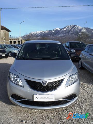 Lancia ypsilon diesel in vendita a montella (avellino)