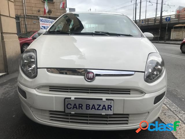 Fiat grande punto benzina in vendita a genova (genova)
