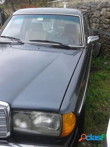 Mercedes mercedes 240 d=carrofunebre= diesel in vendita a accettura (matera)