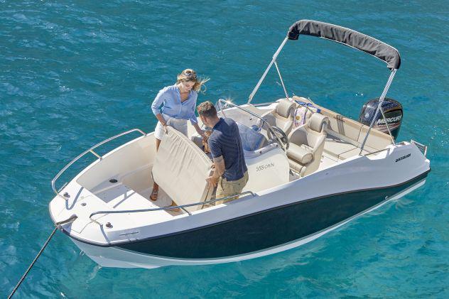 Barca quicksilver open 555 con motore mercury hp 40 efi pro