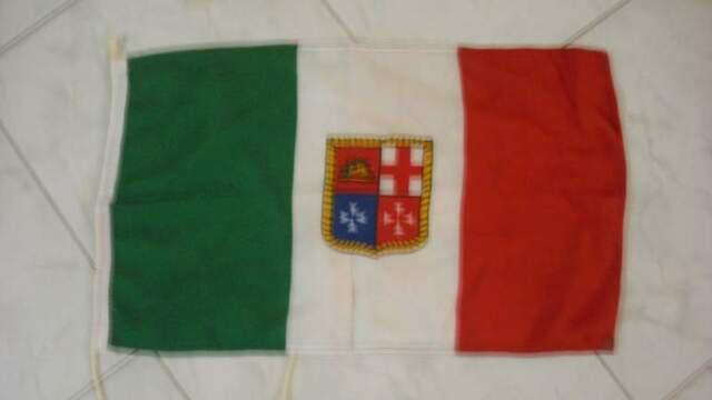 Bandiera italiana nautica barca vela gommone