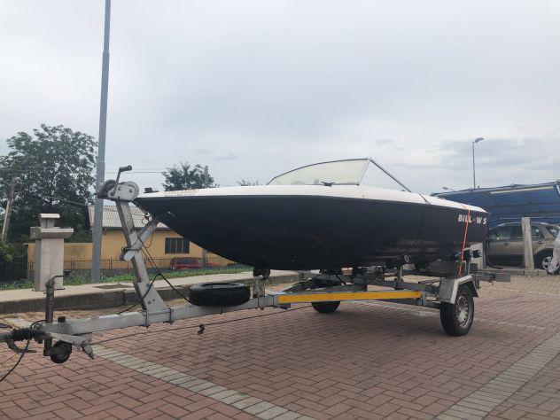 Barca motoscafo con motore e carrello omologati e con
