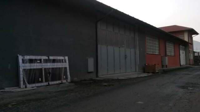 Capannone uso magazzino e deposito
