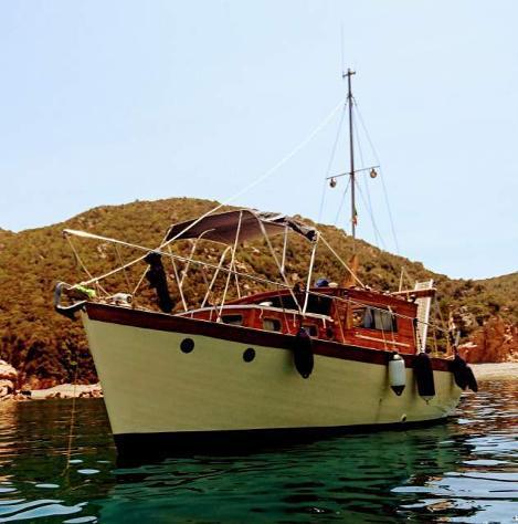 Gozzo legno/vetroresina - trawler genovese