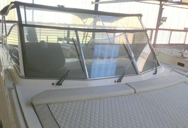 Parabrezza in acciaio inox per barca